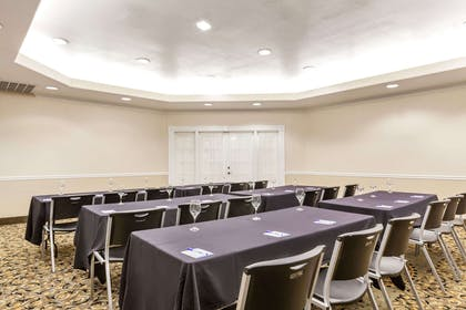 Meeting Room | Baymont by Wyndham Galveston