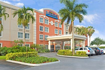 Welcome to Baymont Inn Suites Miami Airport West | Baymont by Wyndham Miami Doral