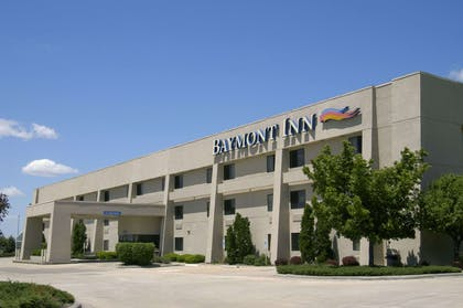 Welcome to the Baymont IS Springfield | Baymont by Wyndham Springfield