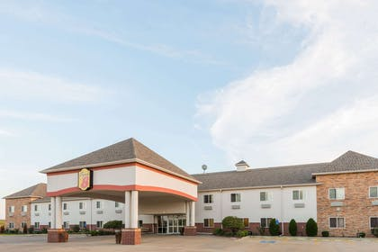 Welcome to the Super 8 Salina | Super 8 by Wyndham Salina