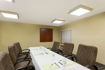 Meeting Room | Baymont by Wyndham Memphis East