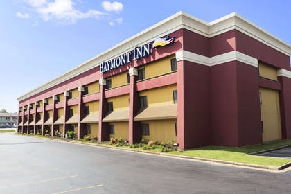 Welcome to the Baymont Inn and Suites Fort Smith   Baymont by Wyndham Fort Smith