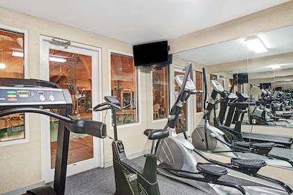 Fitness Center | Baymont by Wyndham Indianapolis