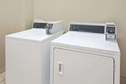 Laundry   Super 8 by Wyndham IAH West/Greenspoint