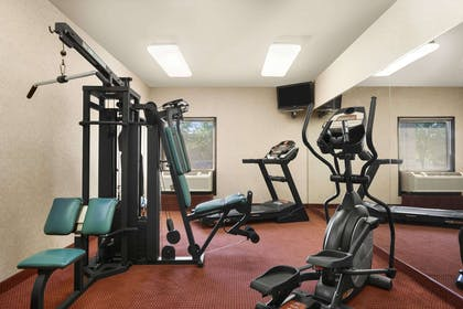 Fitness Center | Days Inn & Suites by Wyndham Cedar Rapids
