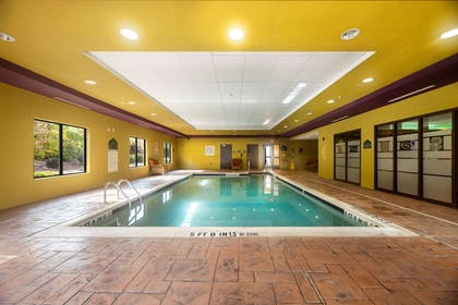 Pool | Wingate by Wyndham State Arena Raleigh/Cary