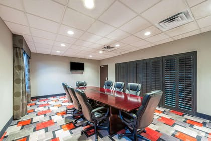 Meeting Room | Wingate by Wyndham Lake Charles Casino Area