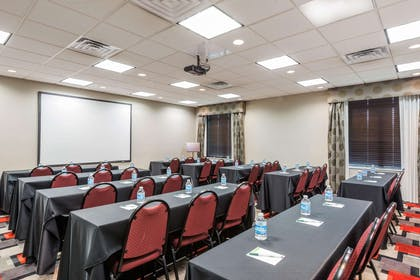 Conference Room | Wingate by Wyndham Lake Charles Casino Area