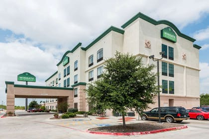 Welcome to the Wingate by Wyndham New Braunfels | Wingate by Wyndham New Braunfels