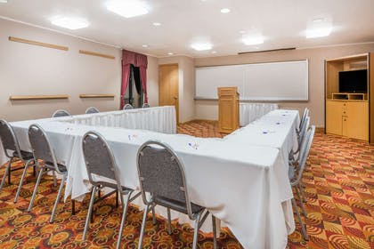 Meeting Room   Baymont by Wyndham Plainfield/ Indianapolis Arpt Area