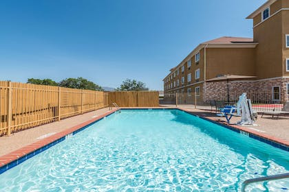Pool | Days Inn & Suites by Wyndham Cleburne TX