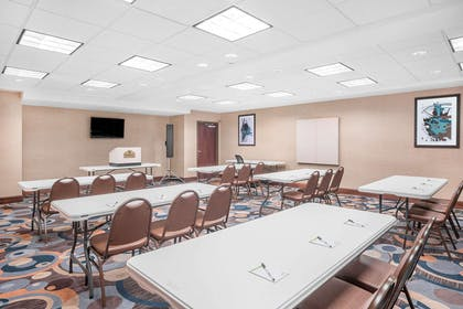 Meeting Room | Wingate by Wyndham Gulfport