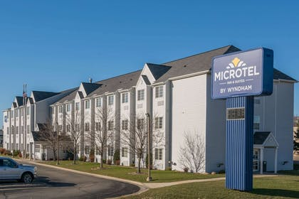 Exterior   Microtel Inn & Suites by Wyndham Rochester