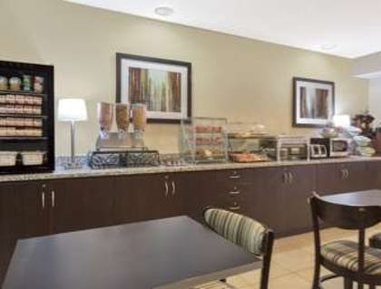 Breakfast Area | Microtel Inn & Suites by Wyndham Greenville / Woodruff Rd