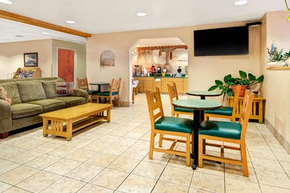 Lobby | Microtel Inn & Suites by Wyndham Albuquerque West