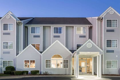 Welcome to the Microtel Inn and Suites by Wyndham Marianna   Microtel Inn & Suites by Wyndham Marianna