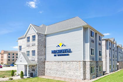 Welcome To Microtel Inn And Suites Des Moines Urbandale | Microtel Inn & Suites by Wyndham Urbandale/Des Moines
