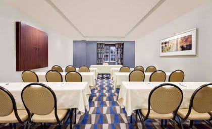 Meeting Room | Microtel Inn & Suites by Wyndham Middletown