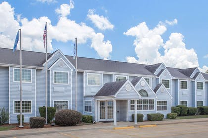 Exterior | Microtel Inn by Wyndham Broken Bow