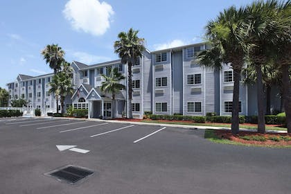 Welcome to the Microtel Inn and Suites Palm Coast | Microtel Inn & Suites by Wyndham Palm Coast