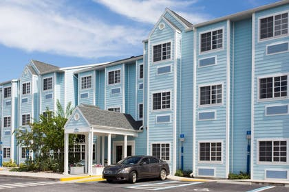 Welcome to the Microtel Inn Port Charlotte | Microtel Inn & Suites by Wyndham Port Charlotte