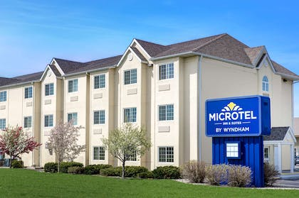 Exterior | Microtel Inn & Suites by Wyndham Mankato
