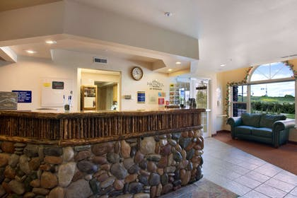 Lobby | Microtel Inn & Suites by Wyndham Bozeman