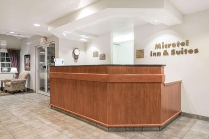 Front Desk | Microtel Inn & Suites by Wyndham Rice Lake