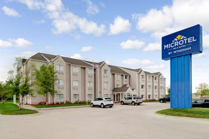 Welcome to the Microtel Inn and Suites by Wyndham Bellevue   Microtel Inn & Suites by Wyndham Bellevue