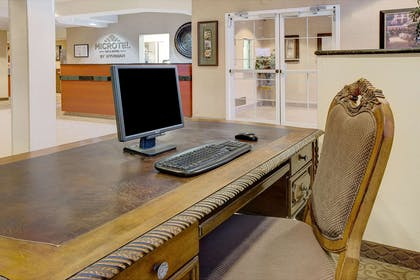 Business Center | Microtel Inn & Suites by Wyndham Indianapolis Airport