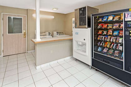 Vending | Microtel Inn & Suites by Wyndham Florence/Cincinnati Airport