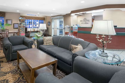 Lobby | Microtel Inn & Suites by Wyndham Rapid City