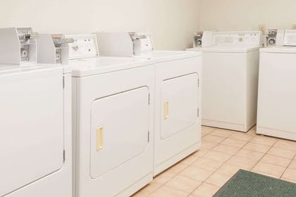 Laundry | Wingate by Wyndham Atlanta/Six Flags Austell