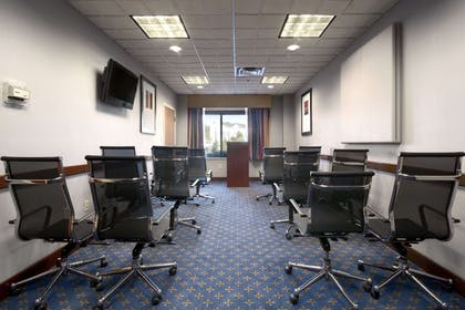 Meeting Room | Wingate by Wyndham Augusta/Fort Gordon