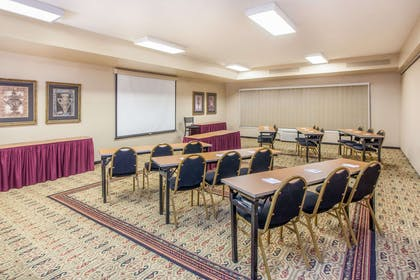 Meeting Room | Hawthorn Suites by Wyndham Bloomington