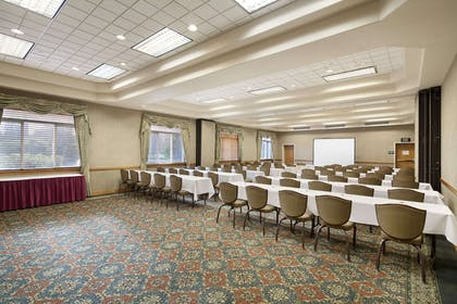 Meeting Room - Rainier Room East | Ramada by Wyndham Olympia