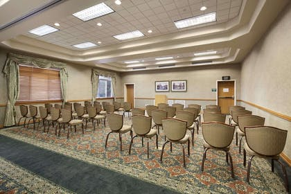 Meeting Room - Rainier Room West | Ramada by Wyndham Olympia