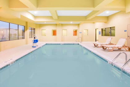 Pool | Days Inn & Suites by Wyndham Russellville