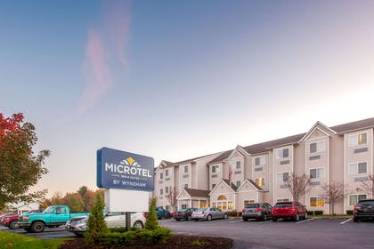 Microtel Inn and Suites by Wyndham Johnstown | Microtel Inn & Suites by Wyndham Johnstown