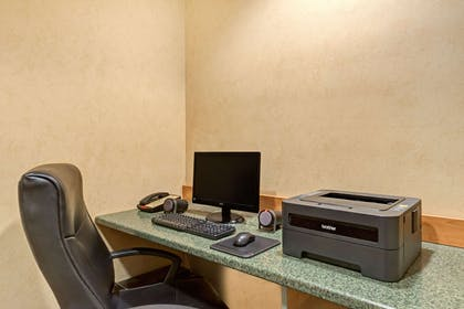 Business Center | Microtel Inn & Suites by Wyndham York