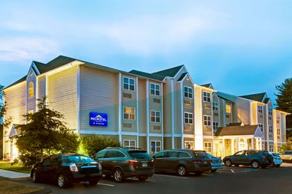 Welcome to the Microtel Inn and Suites York | Microtel Inn & Suites by Wyndham York