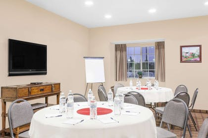 Meeting Room | Microtel Inn & Suites by Wyndham Conway
