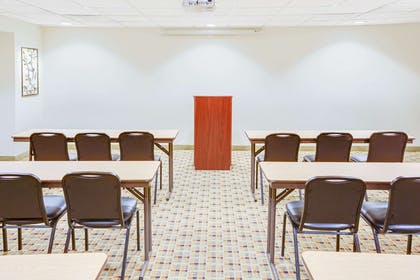 Meeting Room | Microtel Inn & Suites by Wyndham Saraland/North Mobile