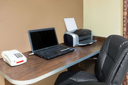 Business Center | Microtel Inn & Suites by Wyndham Ozark