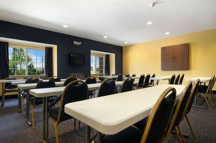 Meeting Room   Microtel Inn & Suites by Wyndham Columbus/Near Fort Benning