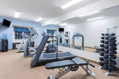Fitness Center | Microtel Inn & Suites by Wyndham Baton Rouge Airport