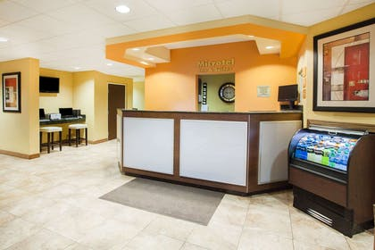 Lobby | Microtel Inn & Suites by Wyndham Stillwater