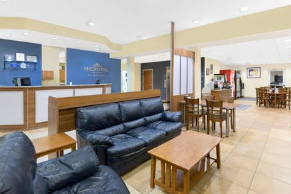 Lobby | Microtel Inn & Suites by Wyndham Kearney