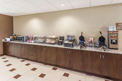 Breakfast Area | Microtel Inn & Suites by Wyndham Michigan City