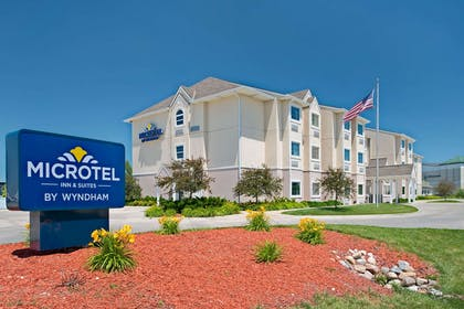 Welcome to the Microtel Inn Council Bluffs | Microtel Inn & Suites by Wyndham Council Bluffs